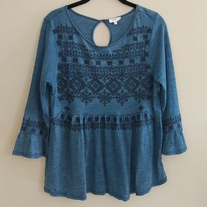 Crown & Ivy Blue Embroidered Shirt Top Boho Size L
